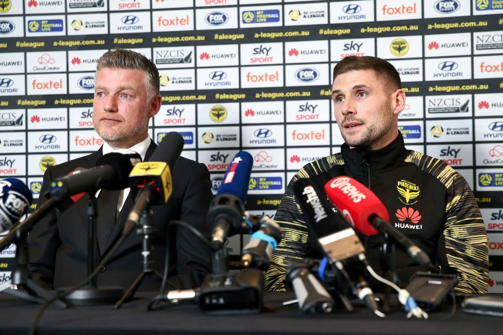 Gary Hooper Celtic return off as forward seals intriguing new move