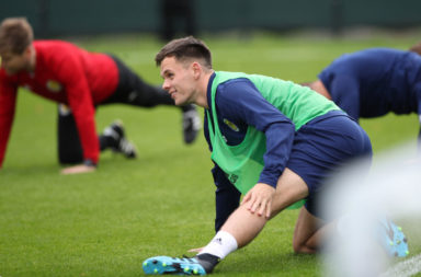 Lawrence Shankland in training