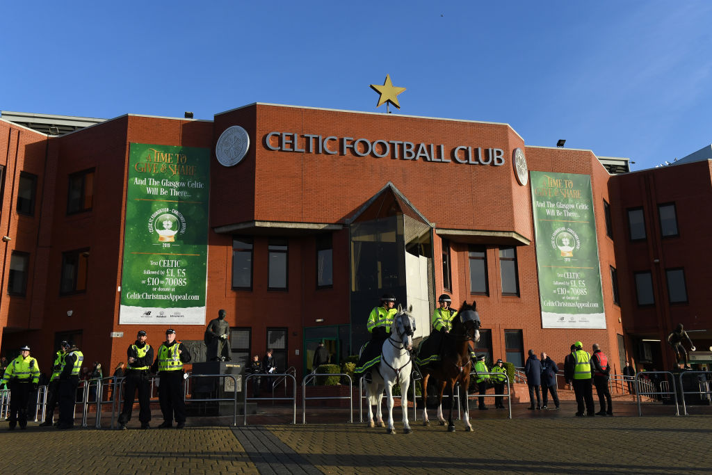 Lennon discloses issue stalling imminent Celtic arrival