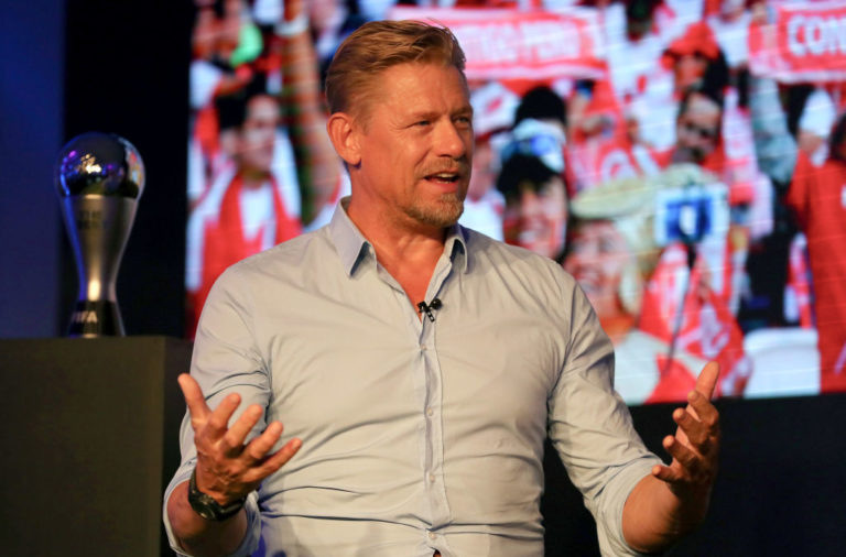 Peter Schmeichel praised the Celtic support