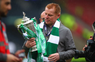 Neil Lennon celebrates last season's Celtic Scottish Cup win