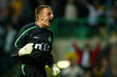 Former Celtic goalkeeper Rab Douglas backs Celtic to sign Fraser Forster.