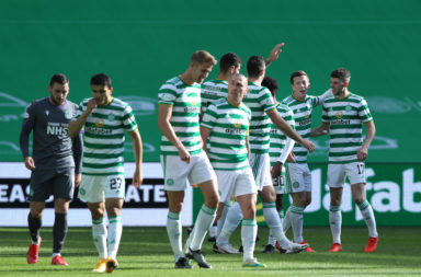 Celtic celebrate vs Hibernian