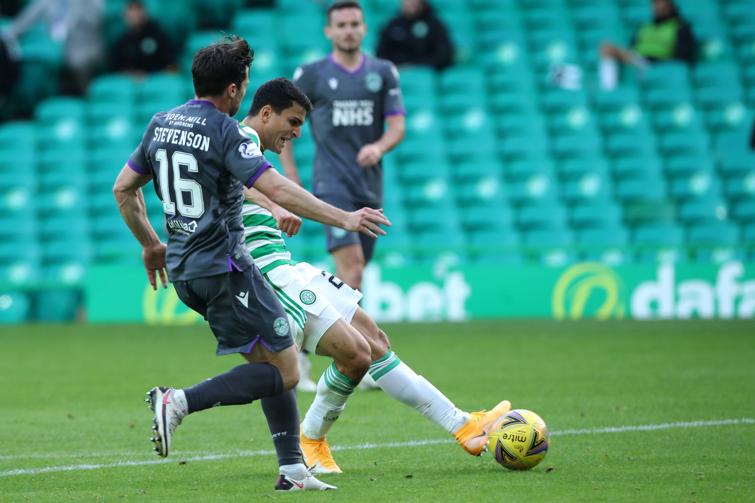 Mohamed Elyounoussi slots home against Hibs
