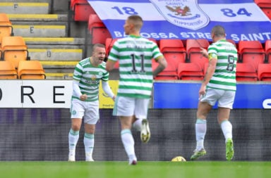 Leigh Griffiths celebrates vs St Johnstone