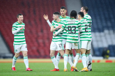 Celtic players celebrate vs Aberdeen