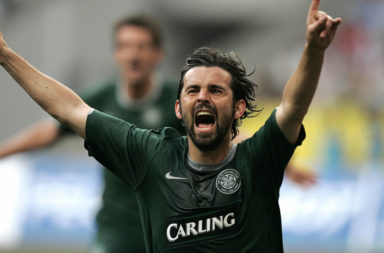 Paul Hartley of Celtic Glasgow celebrate